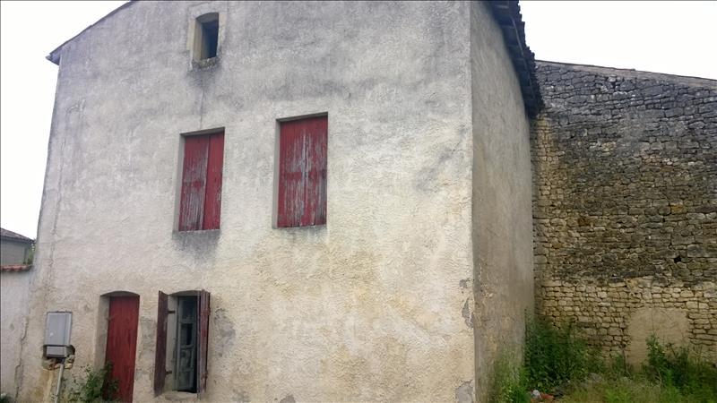 Maison ST GERMAIN DE LUSIGNAN - (17)