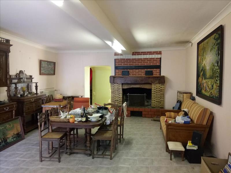 Vente Maison ST GERMAIN DE LUSIGNAN (17500) - 6 pièces - 175 m² -