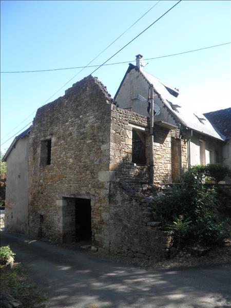 Maison TERRASSON LAVILLEDIEU - 4 pièces  -   90 m²