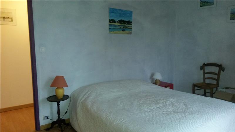 Maison VILLAC - 10 pièces  -   278 m²