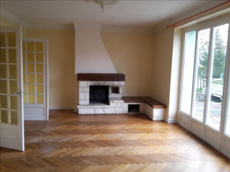 Maison CUBLAC - 8 pièces  -   160 m²