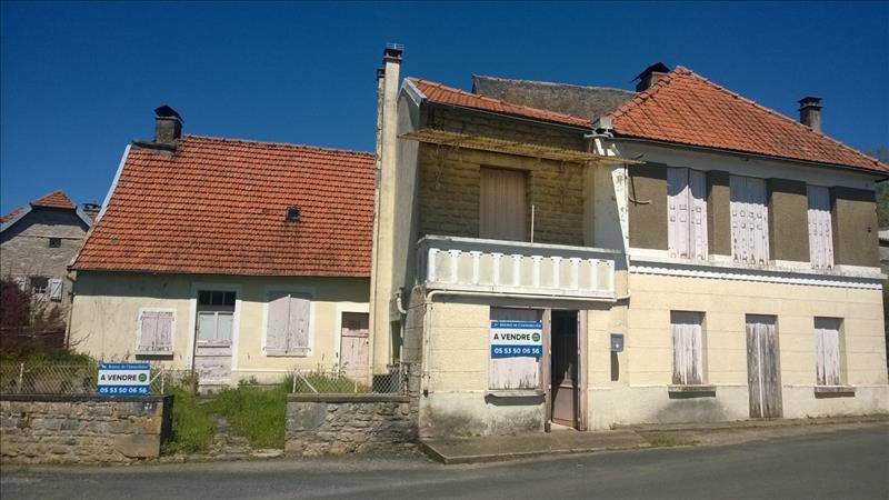 Maison ESTIVALS - 8 pièces  -   150 m²