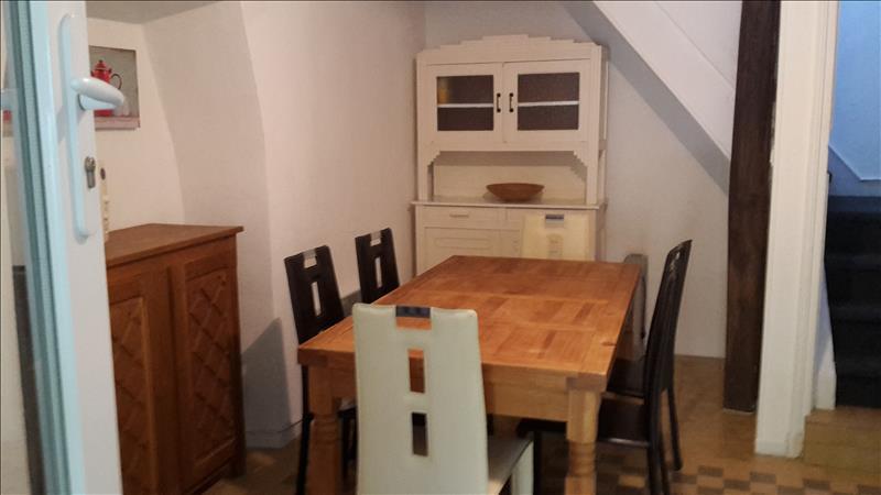 Maison TERRASSON LAVILLEDIEU - 3 pièces  -   65 m²