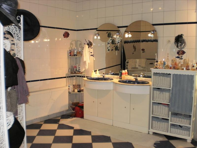 Maison MARCELLUS - 7 pièces  -   306 m²