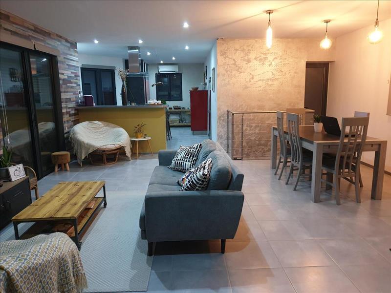 Vente Maison CASTELNAU SUR GUPIE (47180) - 4 pièces - 112 m² -