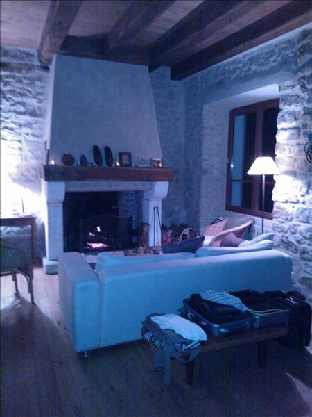 Maison ABJAT SUR BANDIAT - 5 pièces  -   100 m²