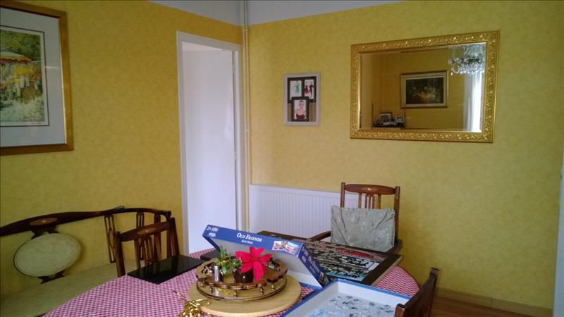 Maison SAVIGNAC DE NONTRON - 5 pièces  -   132 m²