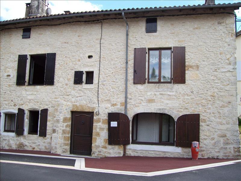 Maison ST MARTIAL DE VALETTE - 8 pièces  -   227 m²