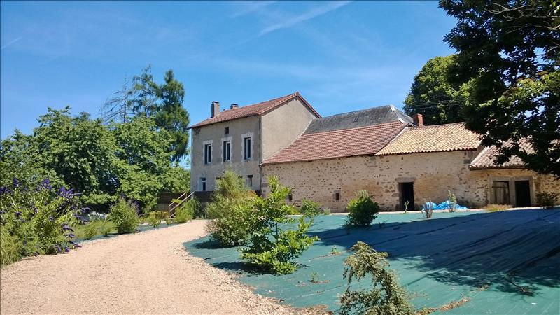 Maison AUGIGNAC - 5 pièces  -   145 m²