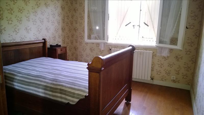 Maison PIEGUT PLUVIERS - 4 pièces  -   105 m²