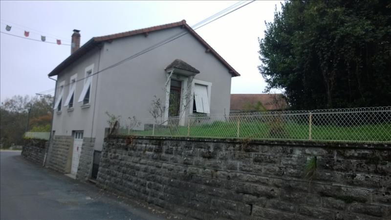 Maison PIEGUT PLUVIERS - 3 pièces  -   65 m²