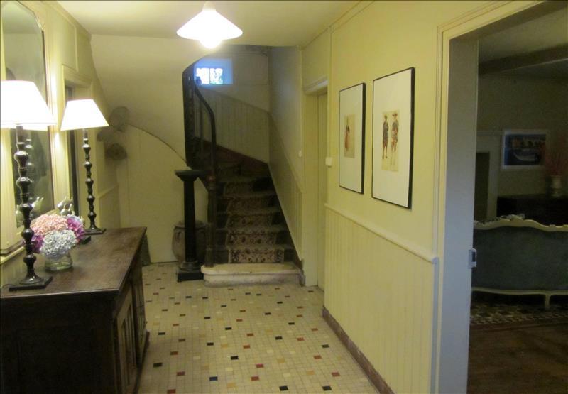 Maison ST PARDOUX LA RIVIERE - 5 pièces  -   177 m²