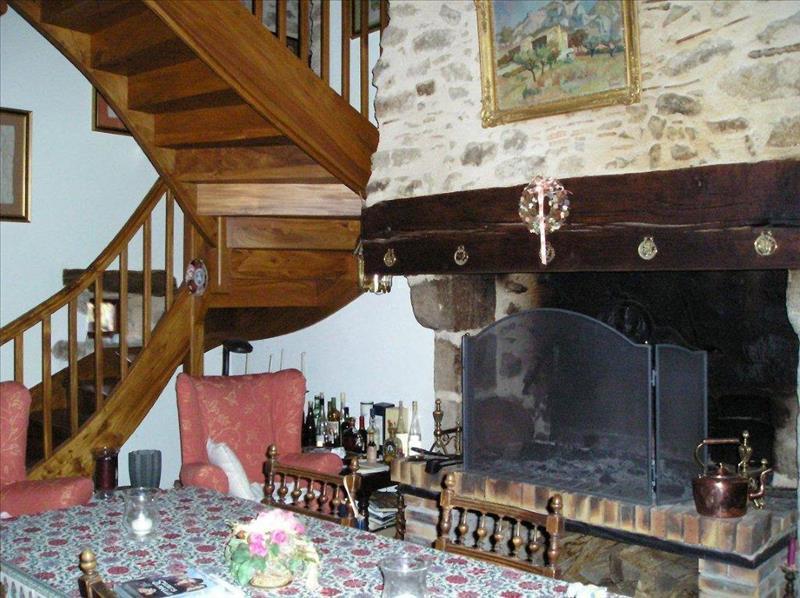 Maison CHAMPS ROMAIN - (24)