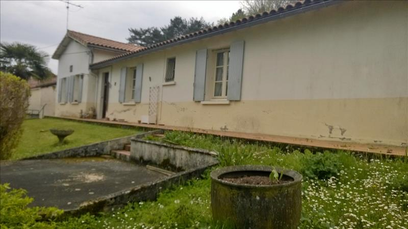 Maison JAVERLHAC ET LA CHAPELLE ST ROBERT - (24)