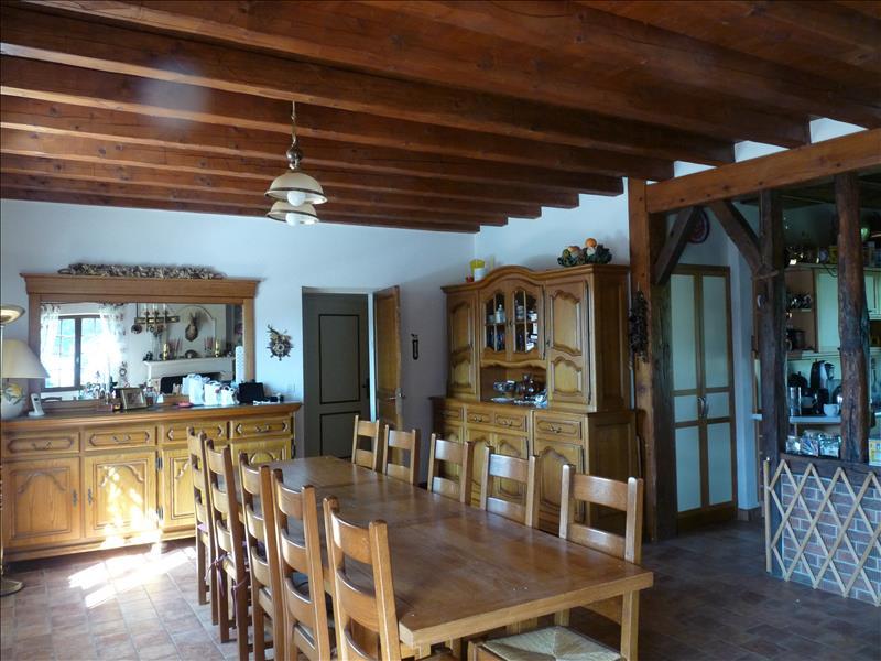Maison NONTRON - 6 pièces  -   140 m²