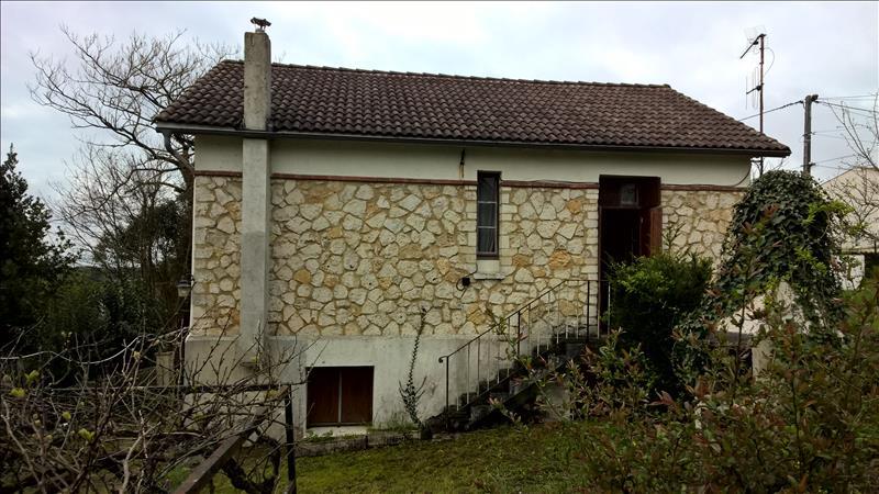 Maison SAINTES - 6 pièces  -   91 m²