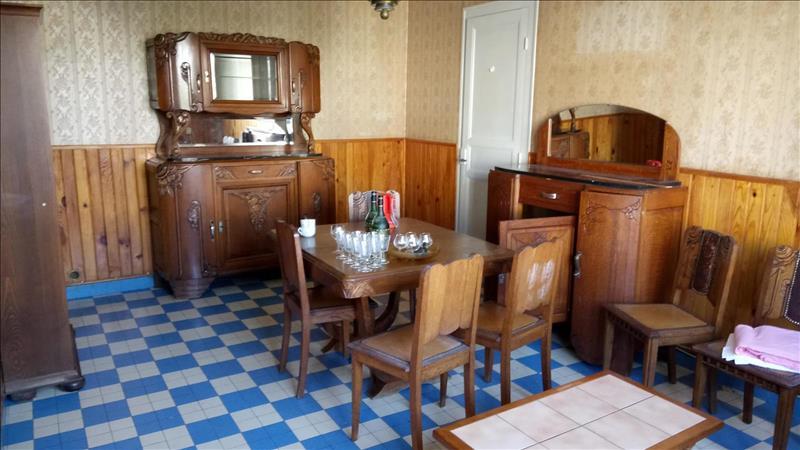 Vente Maison SAINTES (17100) - 6 pièces - 100 m² - Quartier Geoffroy Martel - Saint-Sorlin la Récluse - Terrefort