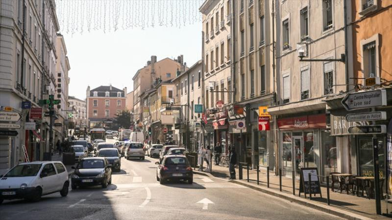 Achat Local commercial  OULLINS (69600) - 1 pièce - 30 m²