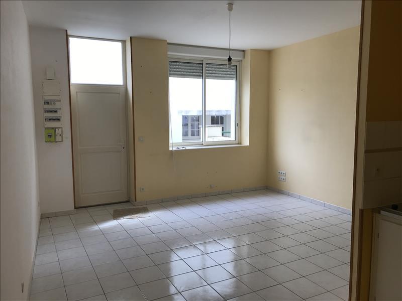 Location Appartement BARBEZIEUX ST HILAIRE - 2 pièces - 55 m²