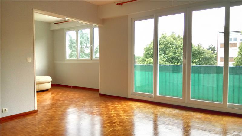 Location Appartement AUBERGENVILLE - 4 pièces - 74 m²
